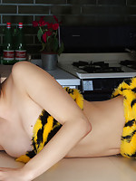 Yuri Hamada Asian is sexy and in mood for some action tiger